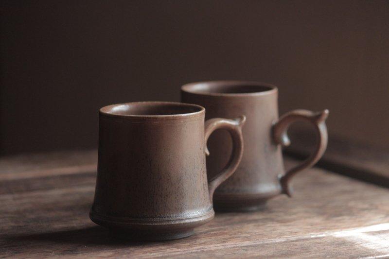 生形由香 マグカップ小-茶