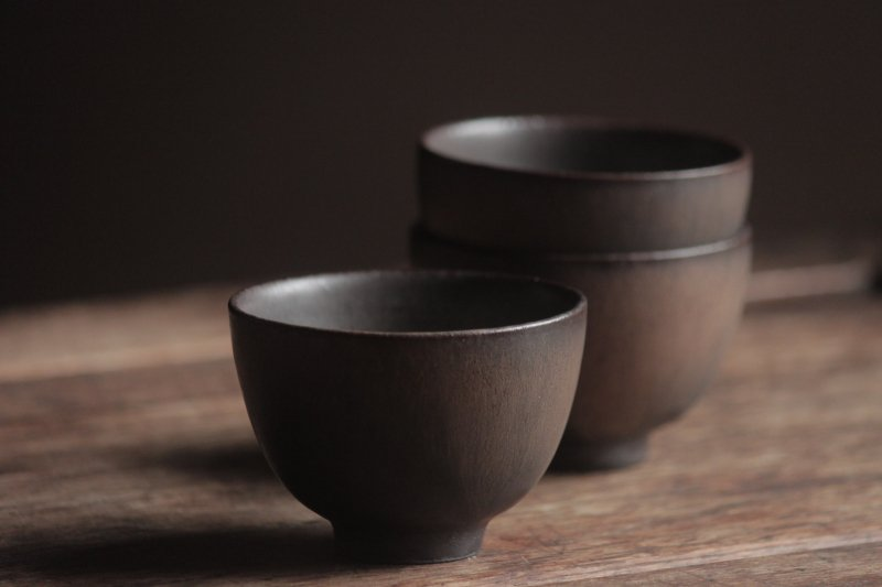 生形由香 色釉汲み出し-茶