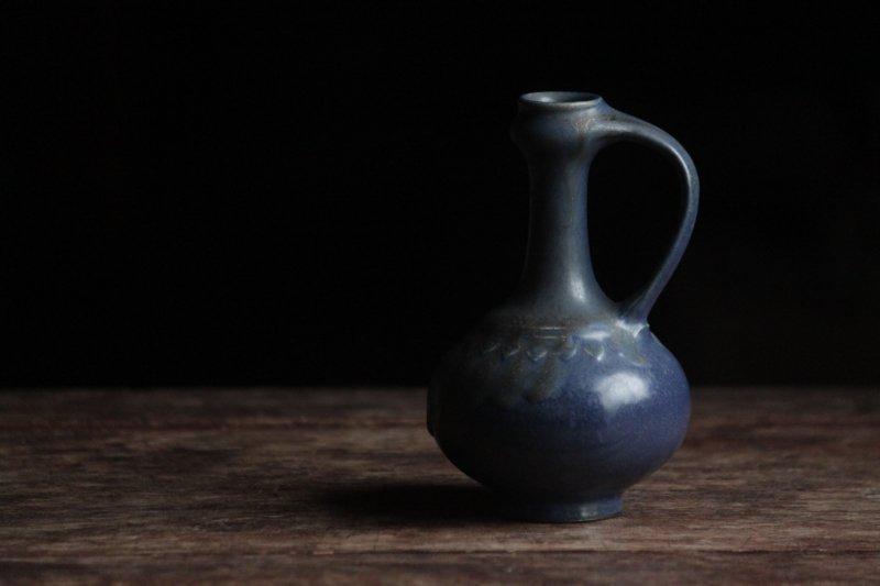 生形由香 色釉手付瓶-02