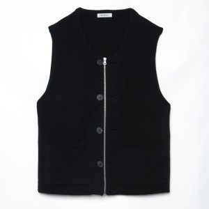 <img class='new_mark_img1' src='https://img.shop-pro.jp/img/new/icons50.gif' style='border:none;display:inline;margin:0px;padding:0px;width:auto;' />MATSUFUJI マツフジ Modified Farmers Knit Vest M211-0501