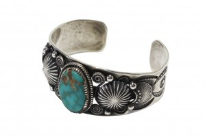 <img class='new_mark_img1' src='//img.shop-pro.jp/img/new/icons5.gif' style='border:none;display:inline;margin:0px;padding:0px;width:auto;' />Delbert Gordon / - FOX TURQUOISE  BANGLE - (CO_021)