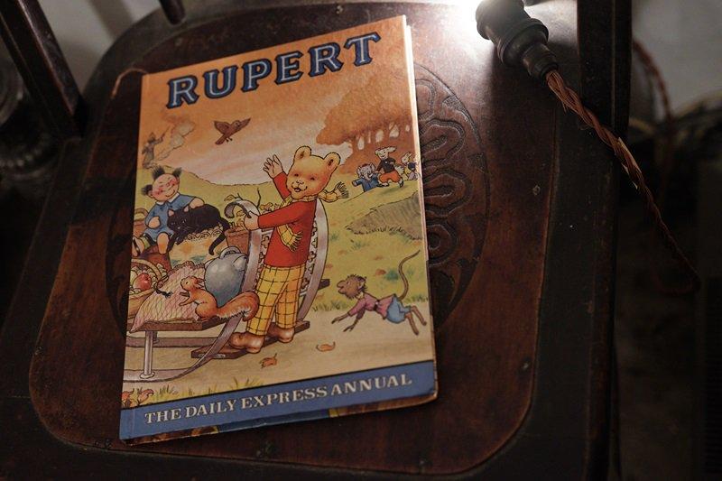 【送料無料】イギリスアンティーク 絵本 1978年発行  RUPERT THE DAILY EXPRESS ANNUAL