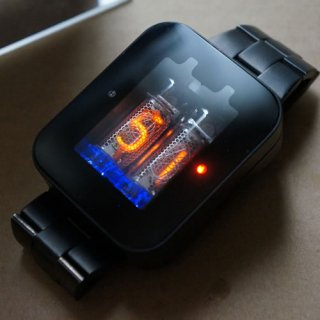 【6〜7月発送 予約受付中】ニキシー管 腕時計 nixie watch ブラックメタル