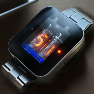 【7〜8月発送 予約受付中】ニキシー管 腕時計 nixie watch シルバーメタル