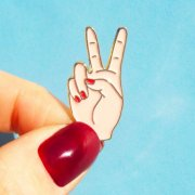【Coucou Suzette】Peace Out Pin - White