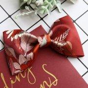 【BOW TIE(蝶ネクタイ)】BRICK RED FLOWER(チーフ付)