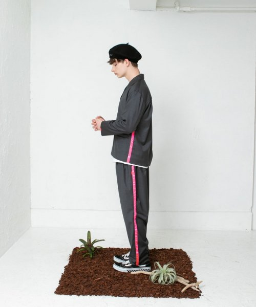 <img class='new_mark_img1' src='https://img.shop-pro.jp/img/new/icons38.gif' style='border:none;display:inline;margin:0px;padding:0px;width:auto;' />SAY!(セイ) NEON LINE WOOL SLEEPING PANTS
