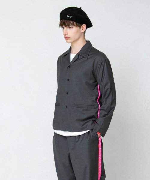 <img class='new_mark_img1' src='https://img.shop-pro.jp/img/new/icons38.gif' style='border:none;display:inline;margin:0px;padding:0px;width:auto;' />SAY!(セイ) NEON LINE WOOL OPEN COLLAR SHIRTS JKT