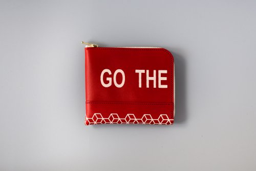 "LIM Design  ""GO THE PATHLESS WAY  / Less is bore"" printed L zip small wallet"