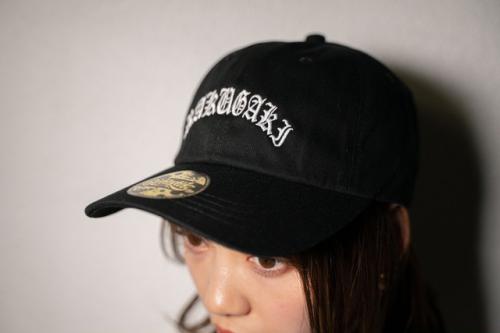 """[予約商品] RAKUGAKI(ラクガキ) 2021 """"OLD ENGLISH""""Logo Dad Cap"""