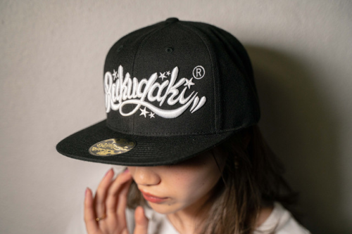 "[予約商品] RAKUGAKI(ラクガキ) 2021 ""5TH"" Main Logo Snap Back Cap"