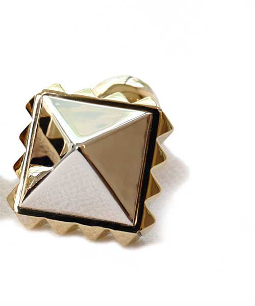IIIagi(Magi)/マギ Pyramid Studs Cuff Links
