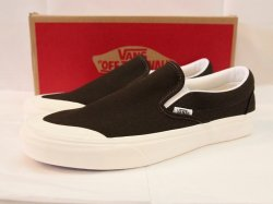 <img class='new_mark_img1' src='//img.shop-pro.jp/img/new/icons14.gif' style='border:none;display:inline;margin:0px;padding:0px;width:auto;' />VANS(バンズ)Classic Slip-On 138/Demitasse