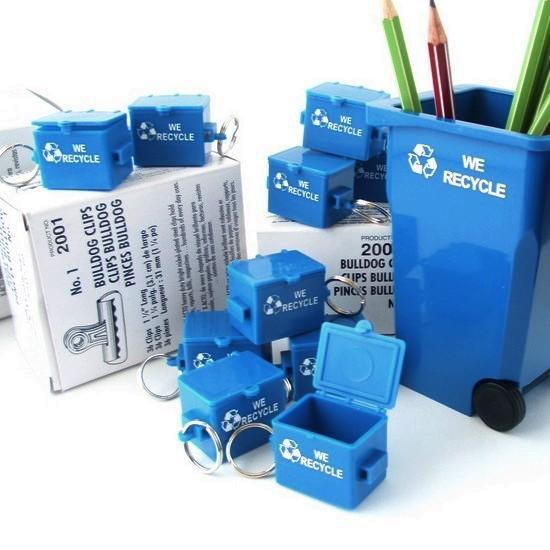 BUSCH SYSTEMS ブッシュシステムズ mini リサイクルBOX キーホルダー