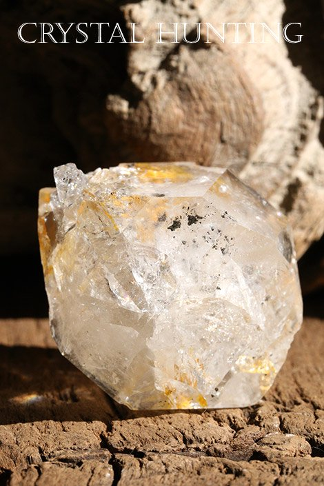 【アメリカ・ニューヨーク州産】ハーキマーダイヤモンド原石(レインボー入り、プライザー人形付き)/st-cry-1601…