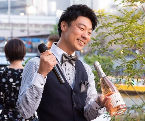【送料無料】ワインプロデューサーおーみんが家飲み用に自分でセレクトした、お気に入りのワイン6本セット(銘柄はプロにお任せ!)