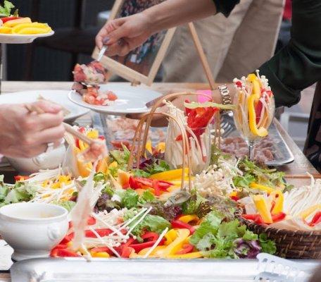 【送料無料】バリバリ働く女子が野菜料理メインのホームパーティーのためにオーダーした爽やかワイン9本セット(銘柄はプロにお任せ!)
