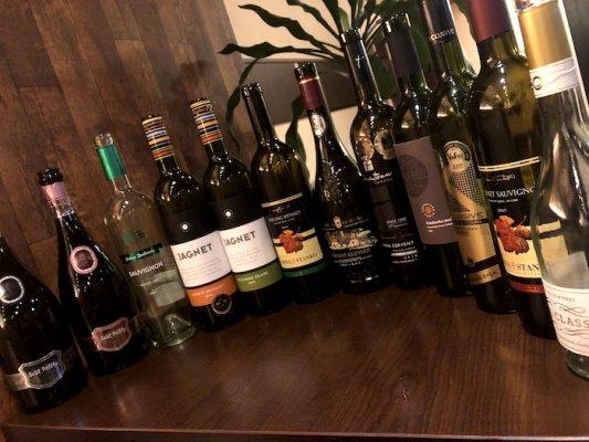 【送料無料】ワイン好きのご夫婦がオーダーした、コスパ最強!家飲み赤白12本セット(銘柄はプロにお任せ!)