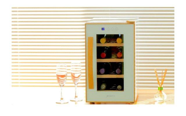【送料無料&お得なワイン8本付き】deviceSTYLE(デバイスタイル) 8本収納用ワインセラー CE-8W-W