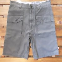 <img class='new_mark_img1' src='//img.shop-pro.jp/img/new/icons16.gif' style='border:none;display:inline;margin:0px;padding:0px;width:auto;' />BURTON バートン 【CHINO SHORTS】 OLIVE Ssize  短パン 新品正規  半額SALE!