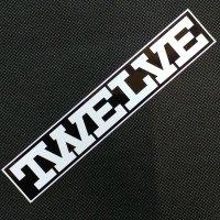 TWELVE トゥエルブ【LOGO STICKER】 白/黒 17.7cm  ステッカー 新品正規(メール便)