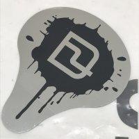 DEELUXE ディーラックス 【メタルペイントステッカー 】銀/黒 10cm 新品正規(メール便)