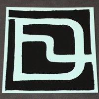 DEELUXE ディーラックス ステッカー 【LOGO STICKER】 黒/透明 9.5×9.5cm 新品正規(メール便)