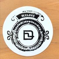 DEELUXE ディーラックス【CIRCLE LOGO STICKER】白/黒 10cm ステッカー 新品正規(メール便)