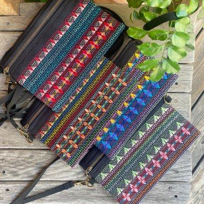 スウェーデン刺繍サコッシュ