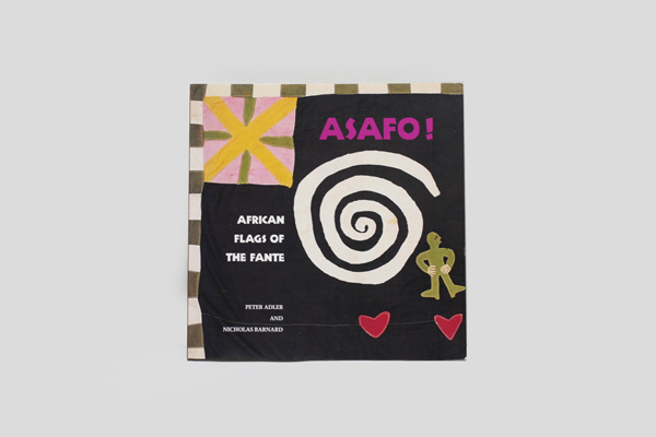 「ASAFO!」African Flags of the Fante (英語) ペーパーバック ン・マ