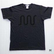 「FINGER JOINT」<br>ロゴTシャツ-3<br>ペールブラック