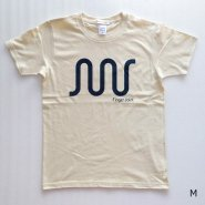 「FINGER JOINT」<br>ロゴTシャツ-3<br>ナチュラル