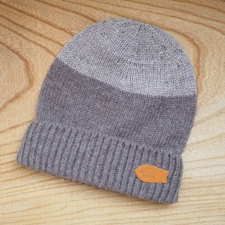 rulezpeeps(ルールズピープス) 2-Tone Beanie (Beige)<img class='new_mark_img2' src='//img.shop-pro.jp/img/new/icons13.gif' style='border:none;display:inline;margin:0px;padding:0px;width:auto;' />