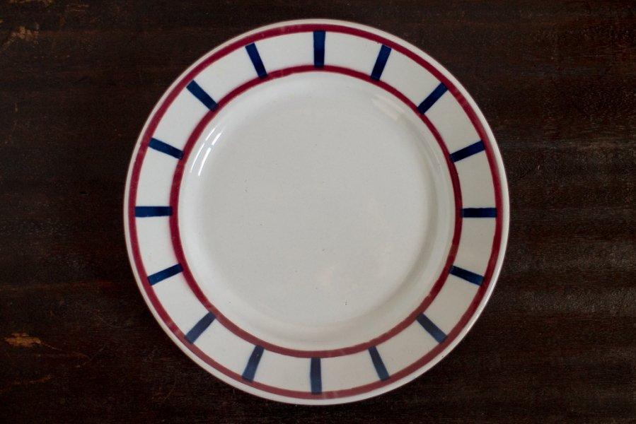 バスク模様の平皿 (FBその2)