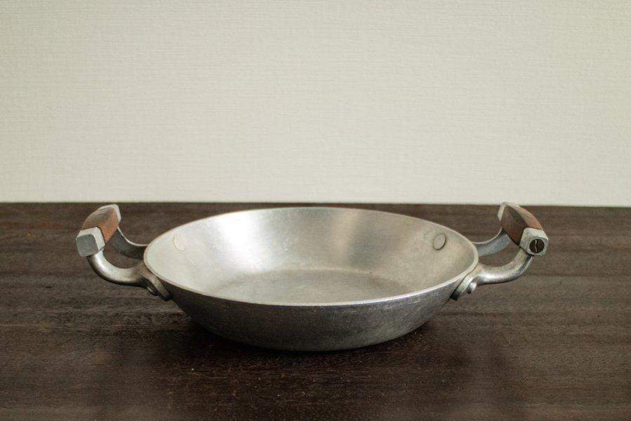 アルミ製両手鍋