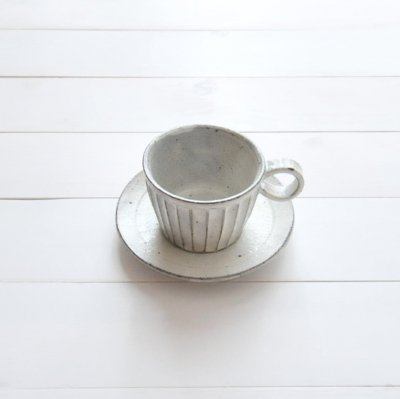 美濃焼 粉引細削ぎ碗皿 カップ&ソーサー