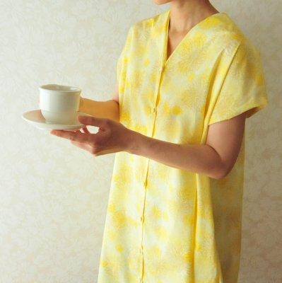 型紙「衿タックVネック前開きワンピース」フリーサイズとプリント布230cmのセット