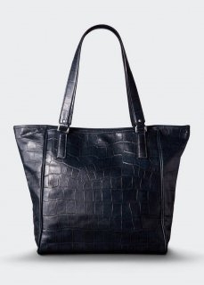 <img class='new_mark_img1' src='https://img.shop-pro.jp/img/new/icons47.gif' style='border:none;display:inline;margin:0px;padding:0px;width:auto;' />【aniary】 Double Emboss Leather  tote bag / ネイビー