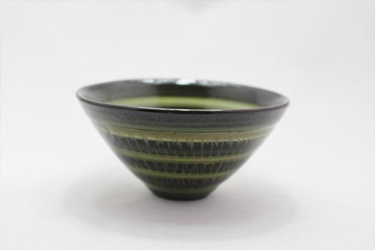 緑釉飛び鉋小鉢