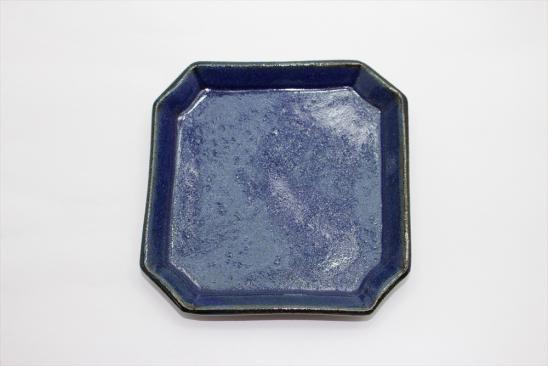 【新着】瑠璃釉隅入角皿