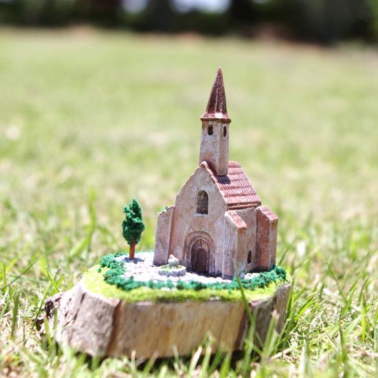 Flea House Church 001