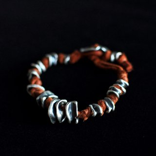 TOTEM TAPERED BRACELET [BURNT SIENNA]