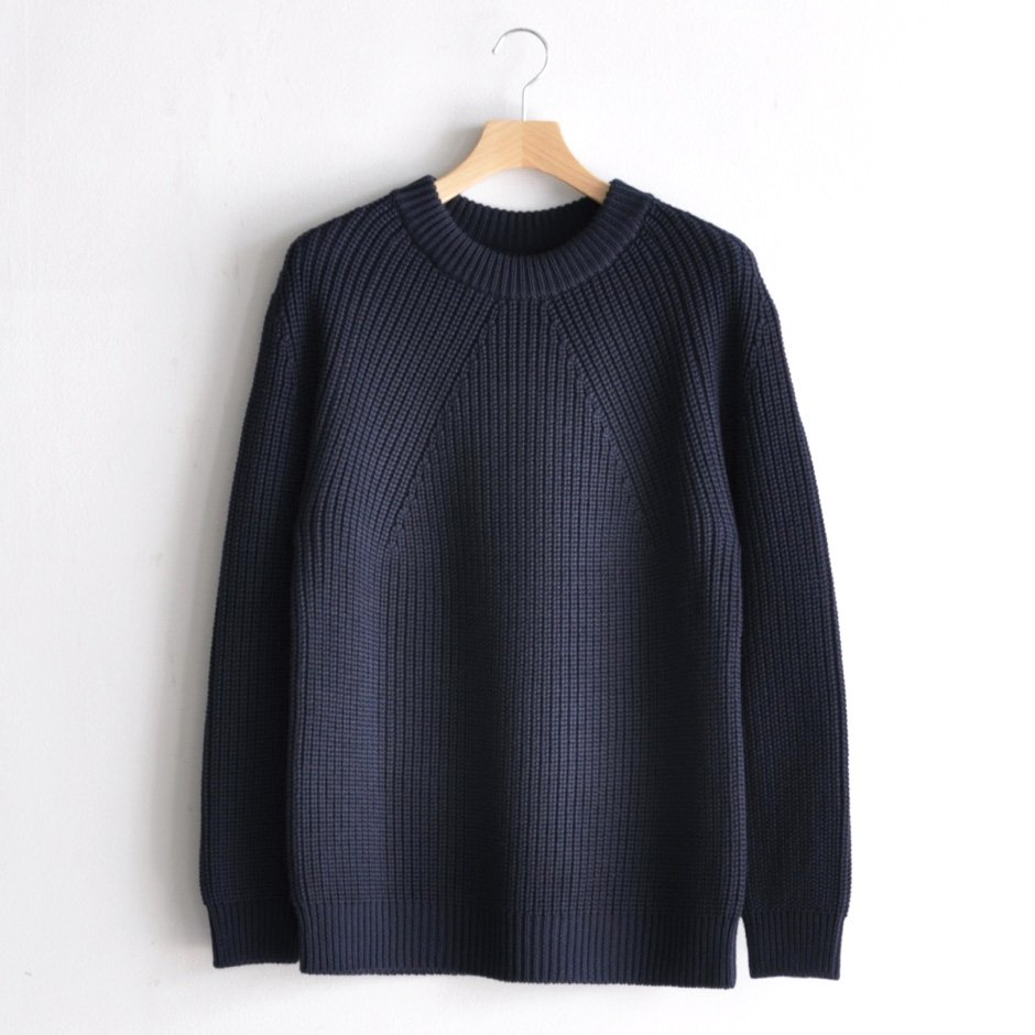 SIGNATURE CREW NECK [NAVY]
