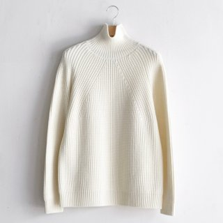 SIGNATURE TURTLE NECK [IVORY]