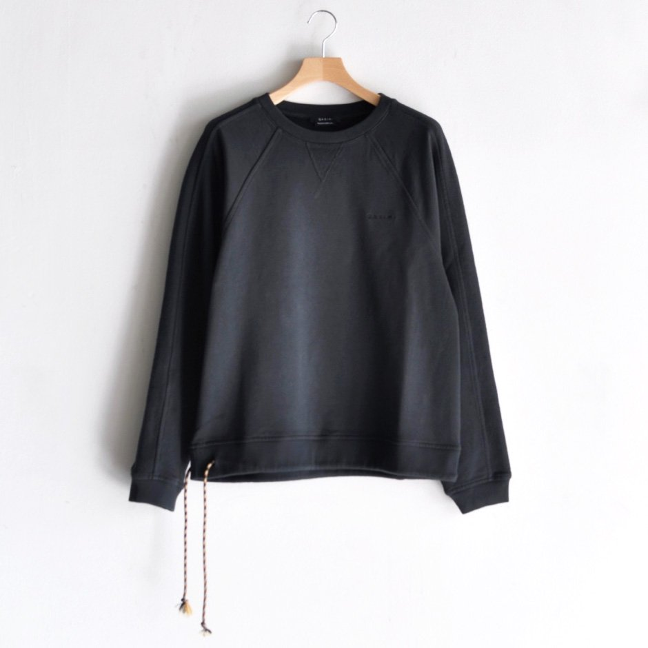 SWEATSHIRT WITH DRAWSTRING [CARBON BLACK]