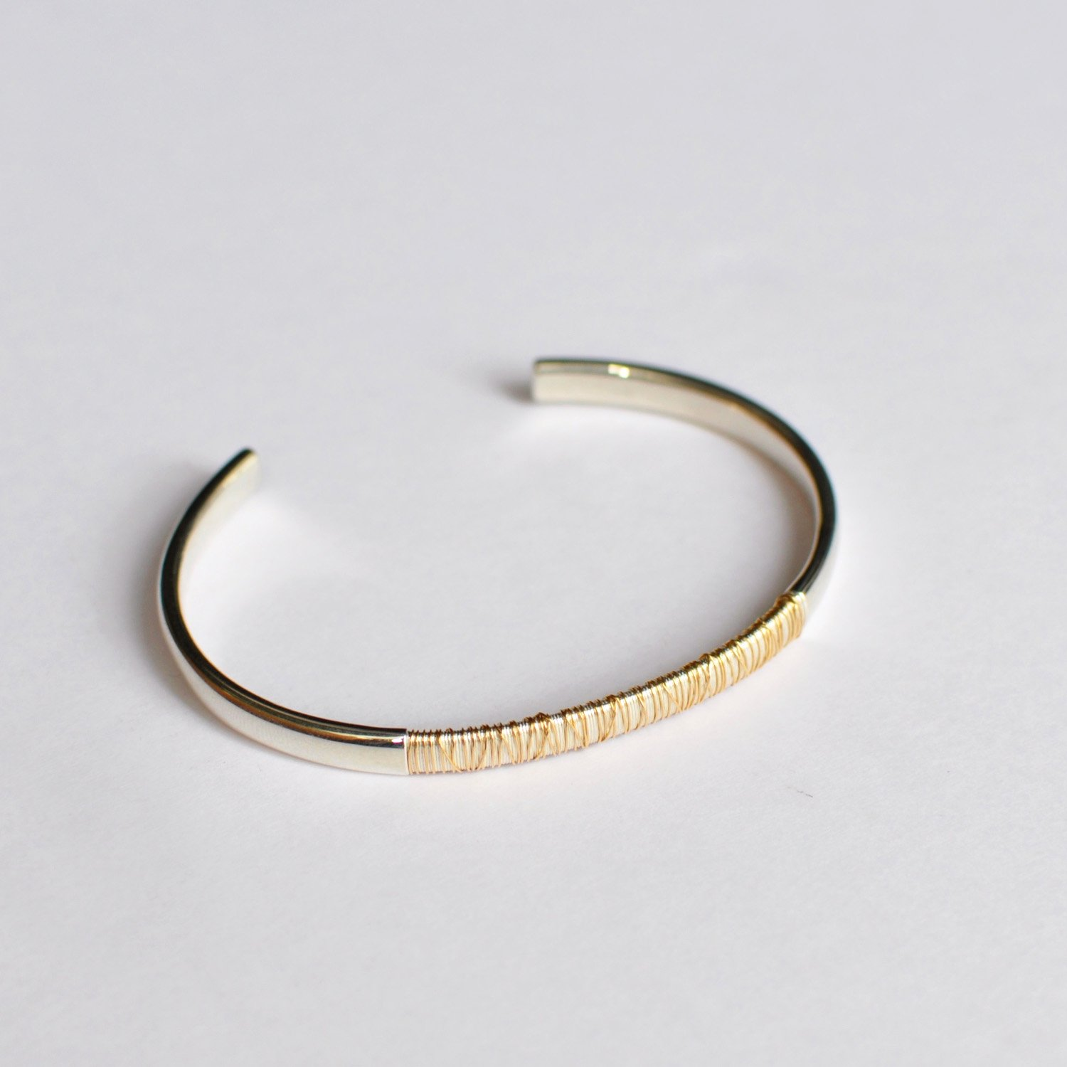 SPOOL BANGLE WIDE - half wound [18KYG / SILVER]