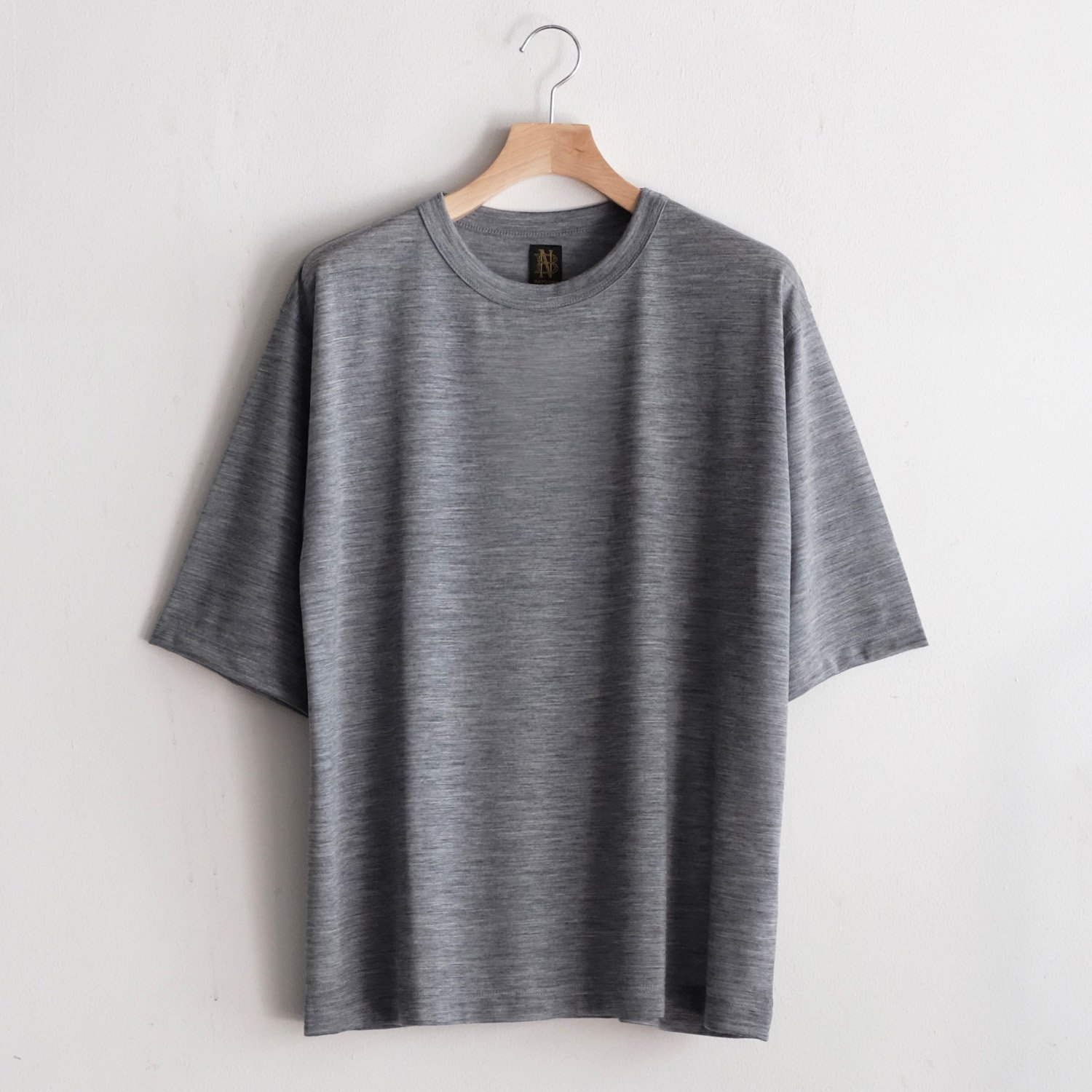 WASHABLE WOOL TEE  [GRAY]