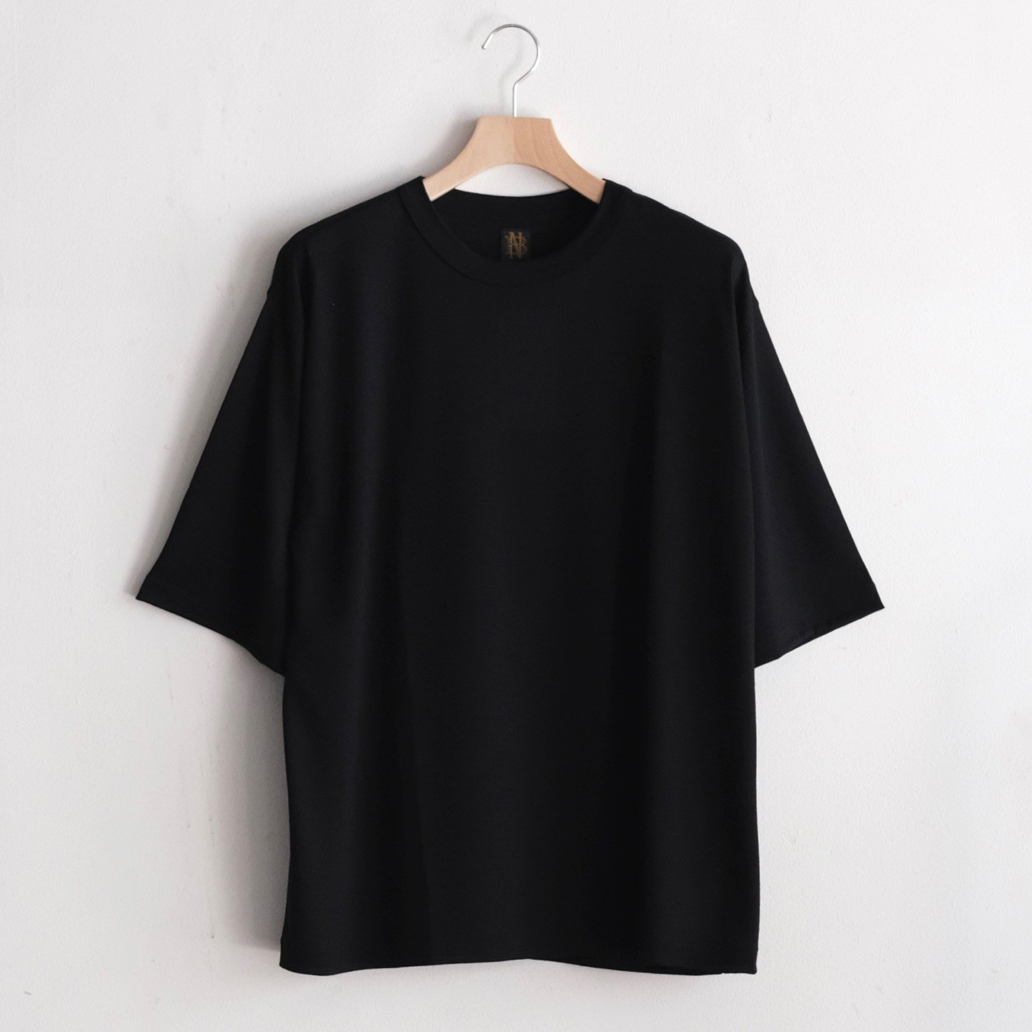 WASHABLE WOOL TEE  [BLACK]