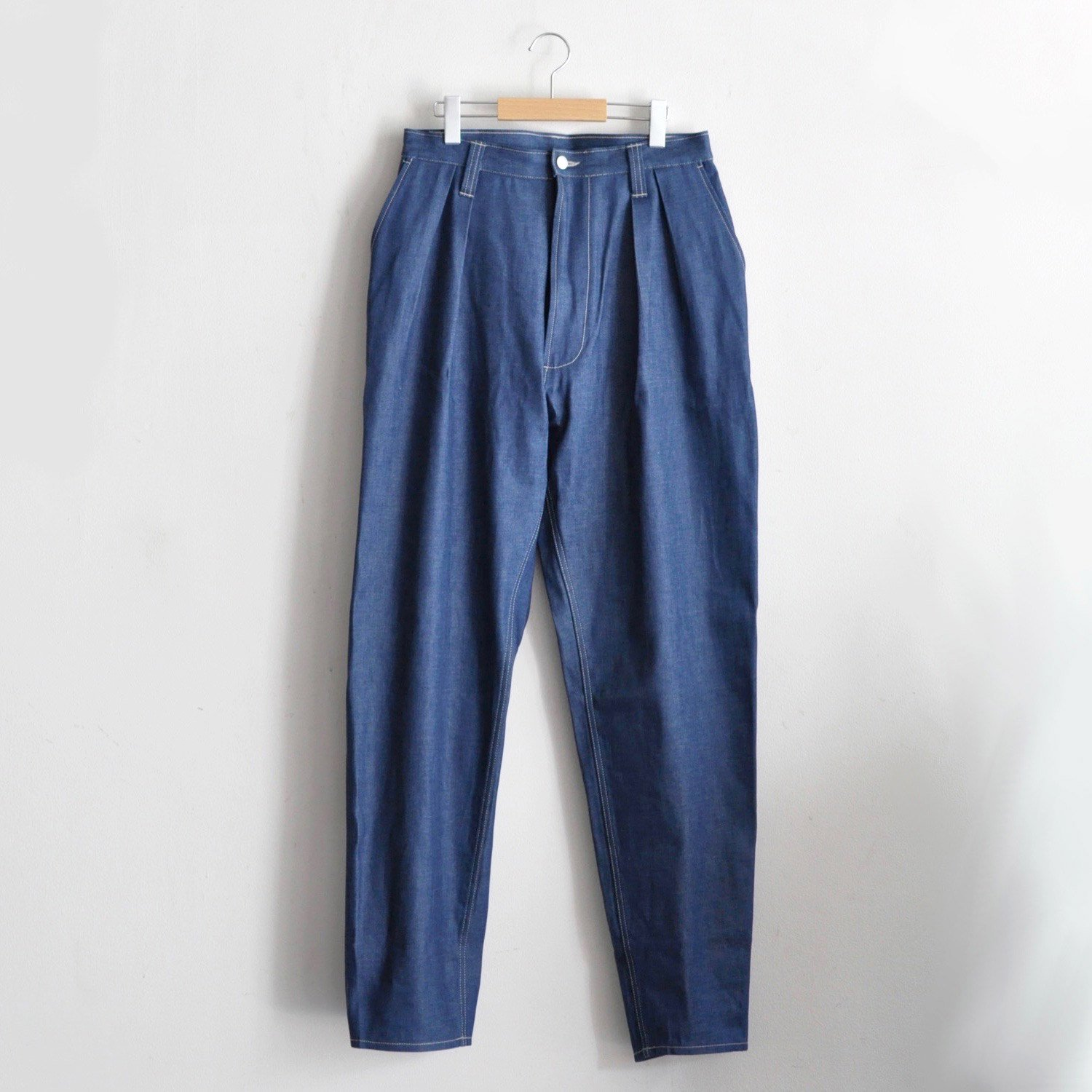 PLEATED CHORE TROUSERS  [DENIM BLUE]
