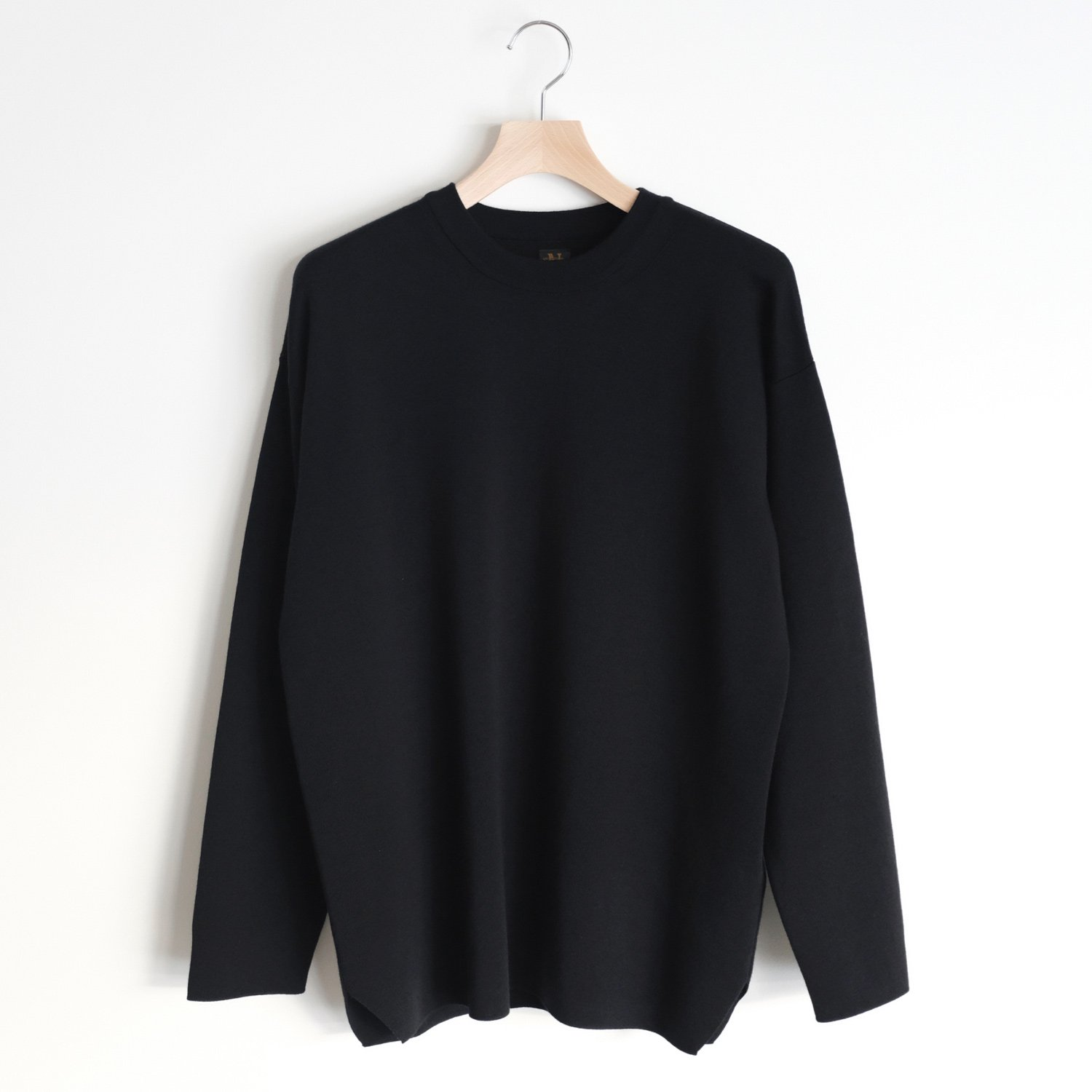 SUPER 120's WASHABLE WOOL SMOOTH CREW NECK [BLACK]